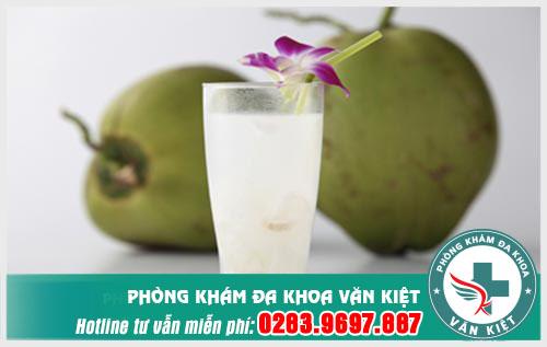 pha-thai-bang-nuoc-dua-co-duoc-khong